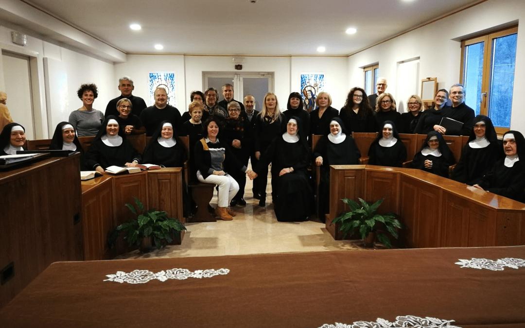 I graditi Auguri delle Monache del Monastero Santa Maria
